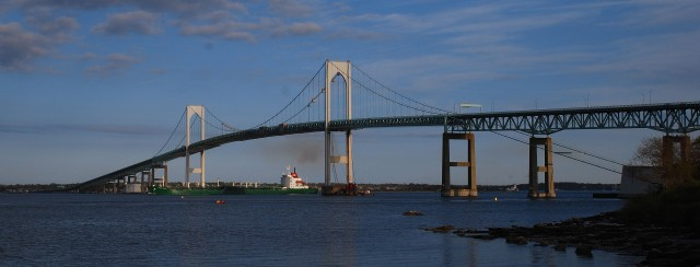 The bridge from Jamestown to Newport